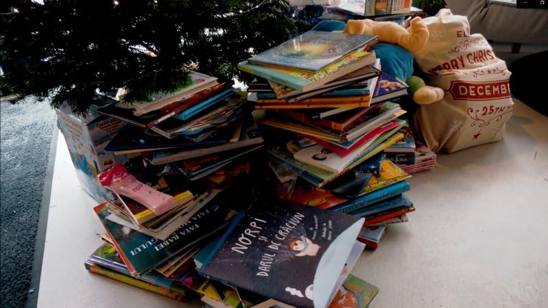 3 motive pentru care să donezi cărți alături de copilul tău